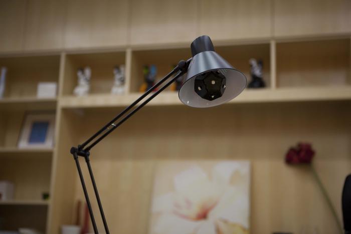 智能照明Nanolight 世上最节电的灯泡