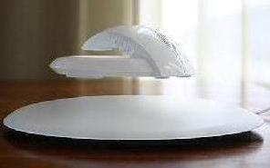 重塑鼠标有智慧,俄罗斯概念蝙蝠磁悬浮鼠标让人心动