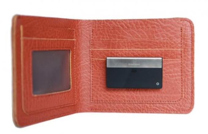 """微智能Smart Wallit产品支持智能手机和钱包之间的""""双向防盗"""""""