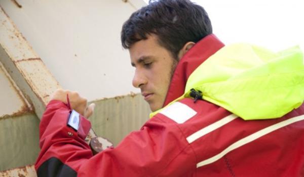 SINTEF外套让救援人员及时进行相互沟通