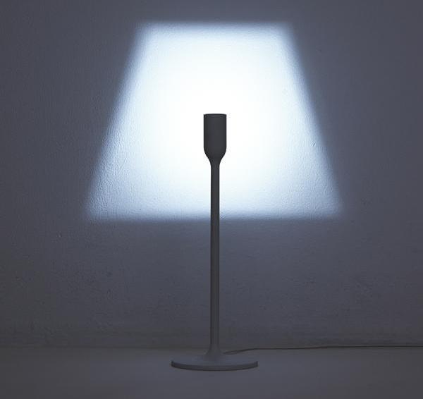 """Shady Illusion Lamp台灯能够自己""""投影""""出灯罩形状"""