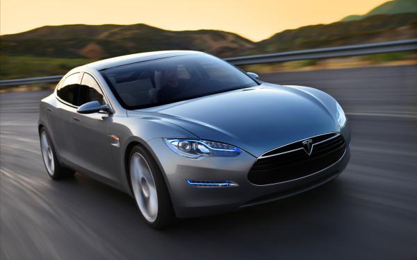 特斯拉Tesla告诉你初创公司是咋获得成功的