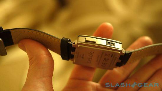 2014款全新Pebble Steel智能手表开箱简评