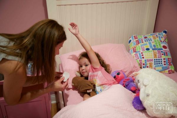 Fever Smart智能体温贴片成为儿童发烧时的守护天使
