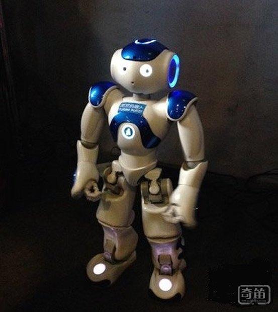 """图灵""""智能机器人""""中文语义识别准确率达90%,可通过微博、微信个性搭建"""