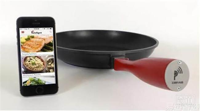 Pantelligent煎锅可检查食物是否煮熟
