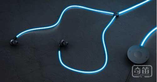 "Glow发光耳机随""心""而亮好炫酷"