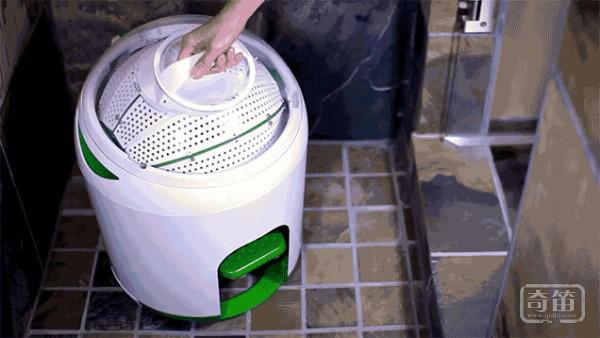 免电洗衣机Drumi只要抖抖腿就能洗衣服
