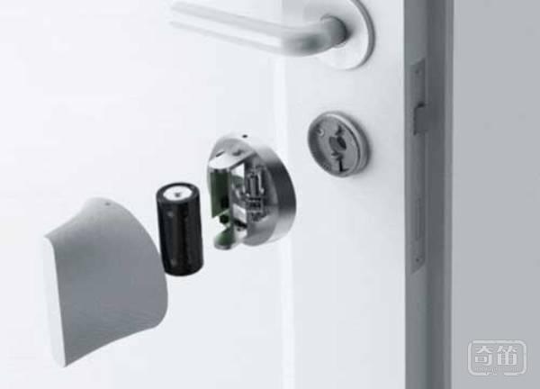 Friday Smart Lock智能门锁能够自己思考,开门防盗两不误