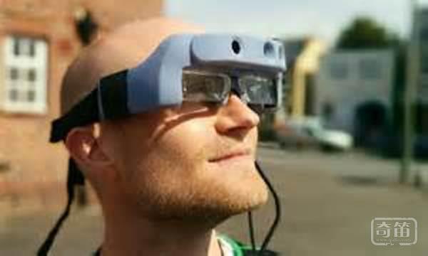 SmartSpecs神奇眼镜让盲人重见光明