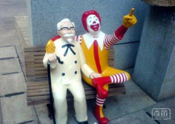 解读肯德基和麦当劳总在一起的商业逻辑