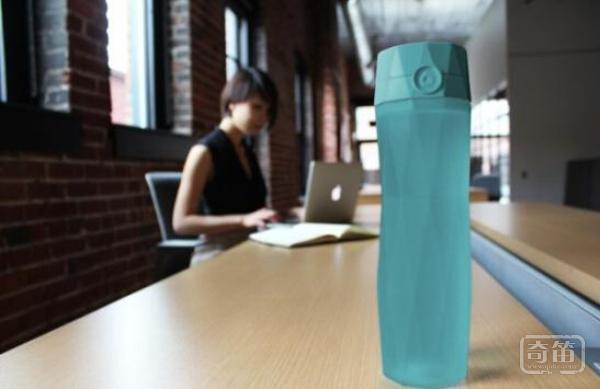 HidrateMe智能水壶能帮你保持水润