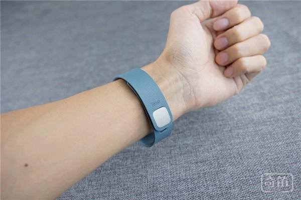 高大上Fitbit Charge智能运动手环-深入评测