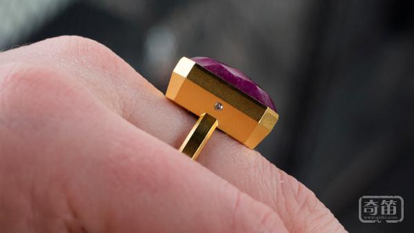 填补女性智能穿戴市场空缺,Ringly智能戒指