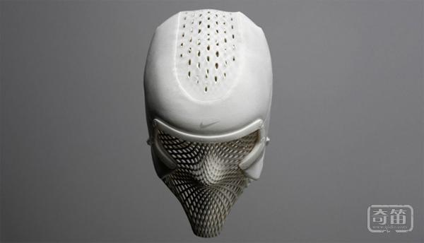 耐克水冷运动头盔可以有效带走表面皮肤的热量