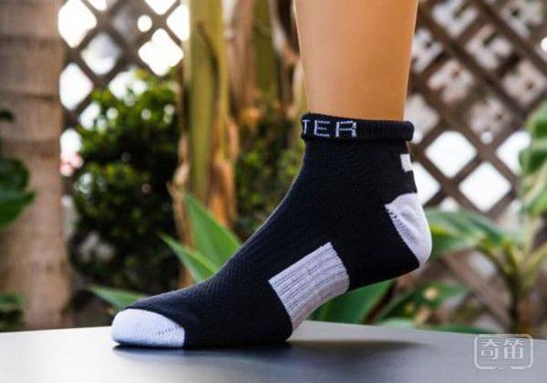 5 Water Socks袜子沾上水不会湿