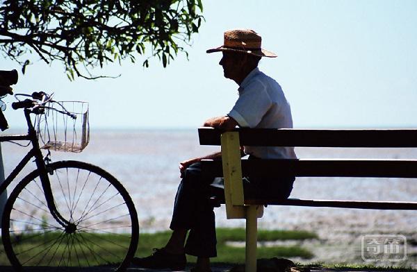 智能家居可以延长老年人自己生活的时间