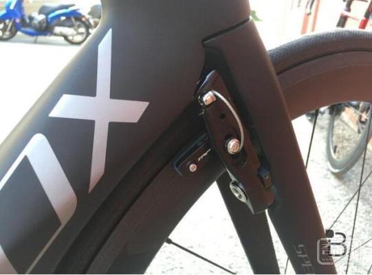 碳纤维SpeedX Leopard智能电动自行车超棒