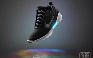 耐克做了一双黑科技鞋 能自动系鞋带