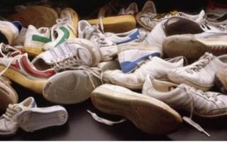 洗鞋器也玩声波去渍除菌 小白鞋也能大胆地穿