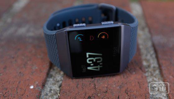Fitbit 的首款智能手表 Ionic 将于 10 月 1 日发售