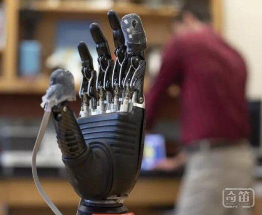 除了看和听之外,AI能拥有触觉吗?