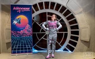 迪士尼新AR拍照应用,让你秒换太空服